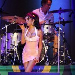 Amy Winehouse – Mr. Magic (Live Version) (produced by Salaam Remi).